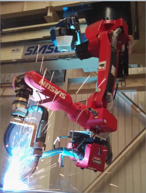 焊接新松机器人
